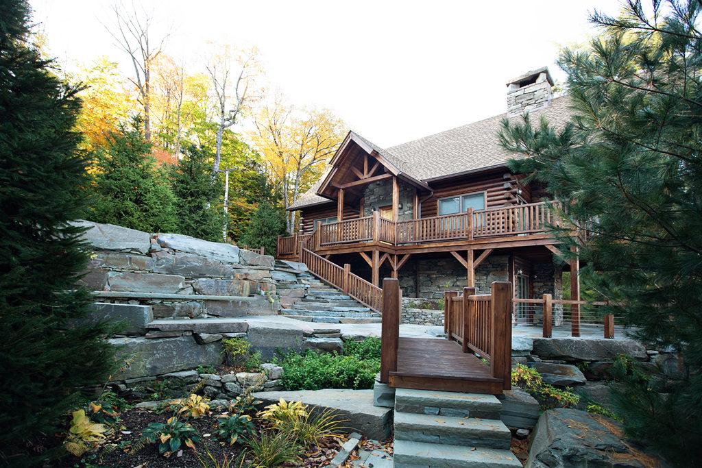 Beaver Mountain Log Homes Owls Club Exterior