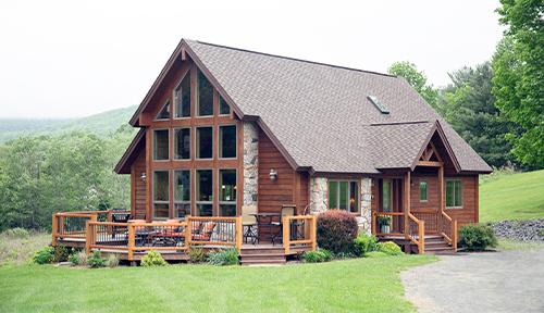 Beaver Mountain Log Homes Cedar Ridge Model Home Exterior