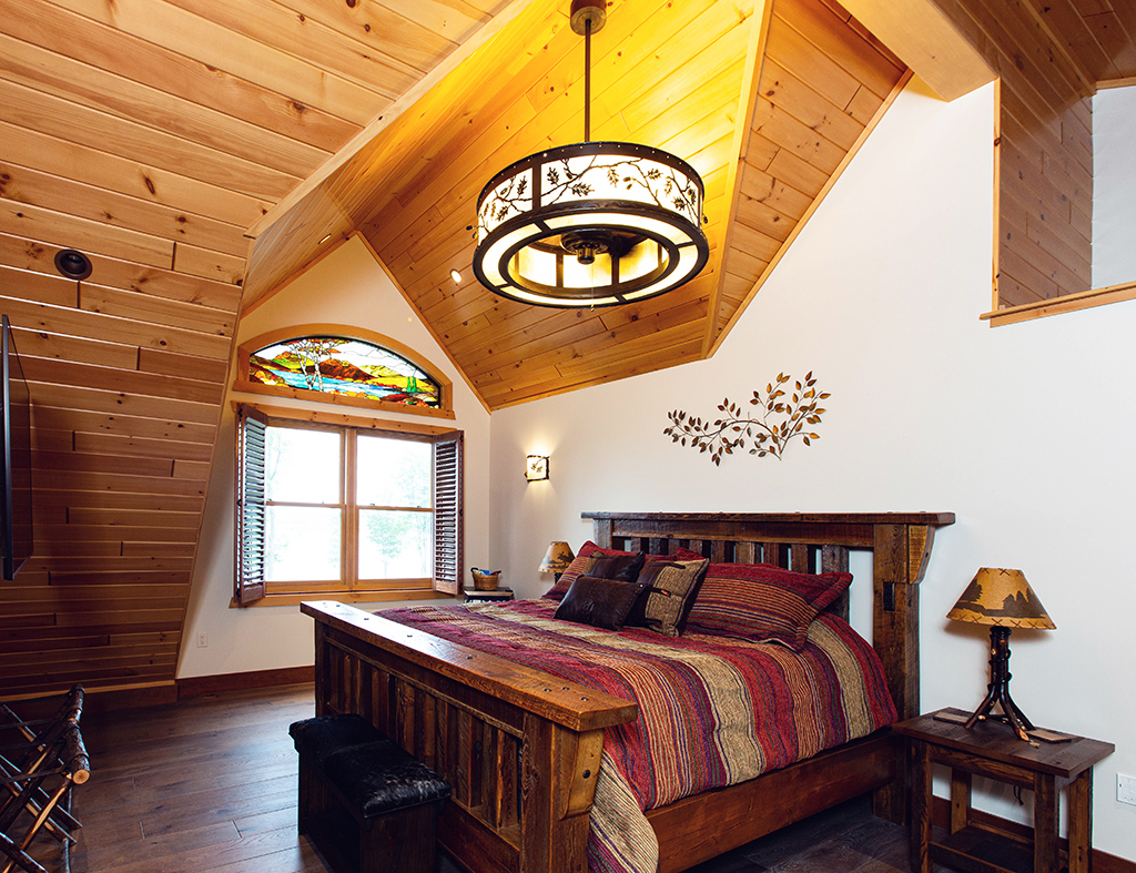 Beaver Mountain Log Homes Kuyahoora Lodge Cedar Hybrid Home Guest Bedroom
