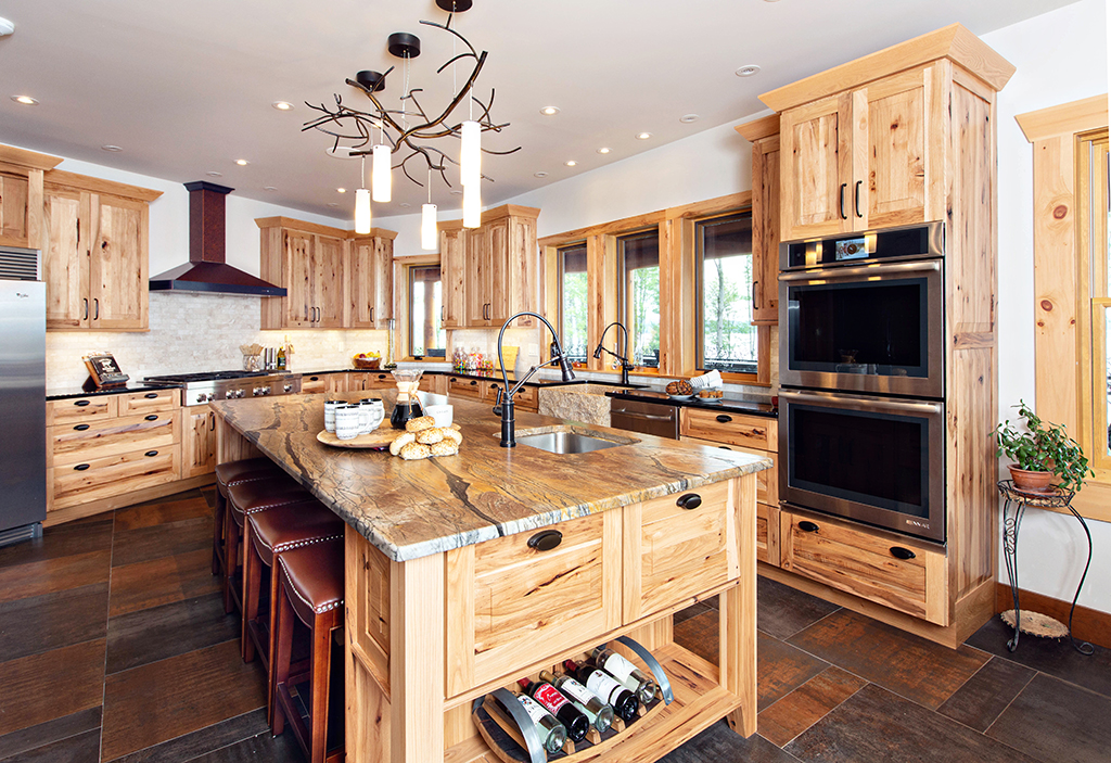 Beaver Mountain Log Homes Kuyahoora Lodge Cedar Hybrid Home Kitchen