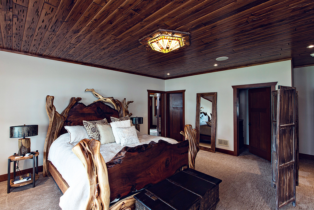 Beaver Mountain Log Homes Kuyahoora Lodge Cedar Hybrid Home Mater Bedroom