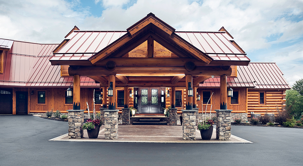 Beaver Mountain Log Homes Kuyahoora Lodge Cedar Hybrid Home Portico
